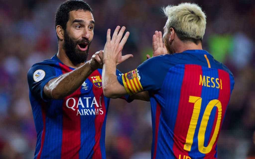 Арда Туран: Само пријателите на Роналдо веруваат дека е подобар од Меси