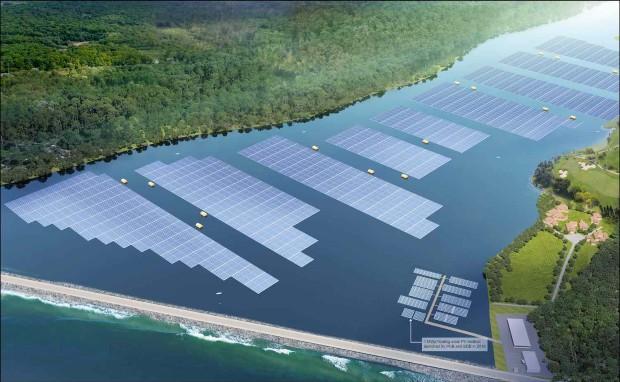 Сингапур гради пловечка соларна електрана