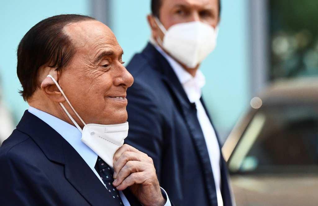 Берлускони: КОВИД-19 не е шега, внимавајте мои Италијанци