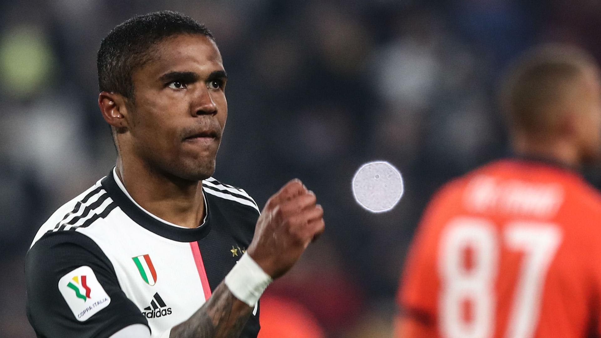 Даглас Коста е ограбен додека потпишувал за Баерн
