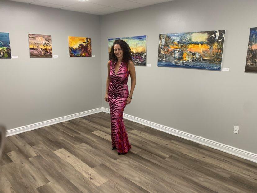 Дивна Пешиќ отвори галерија во САД: Уметноста на некогашната шампионка во стрелање