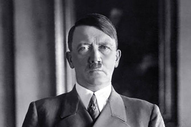 Ирецот Мајкл Кио вели дека го спасил Хитлер и го променил текот на историјата