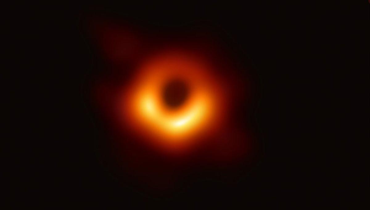 Нобеловата награда за физика доделена за откритијата за црната дупка