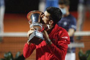 Новак Ѓоковиќ е најдобриот тенисер во историјата
