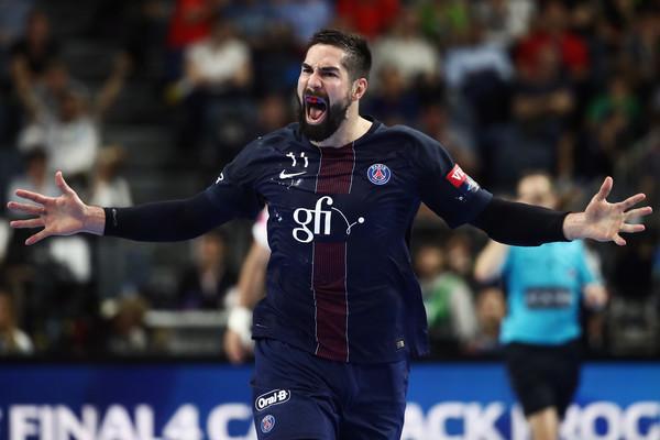 Тешка повреда на Никола Карабатиќ