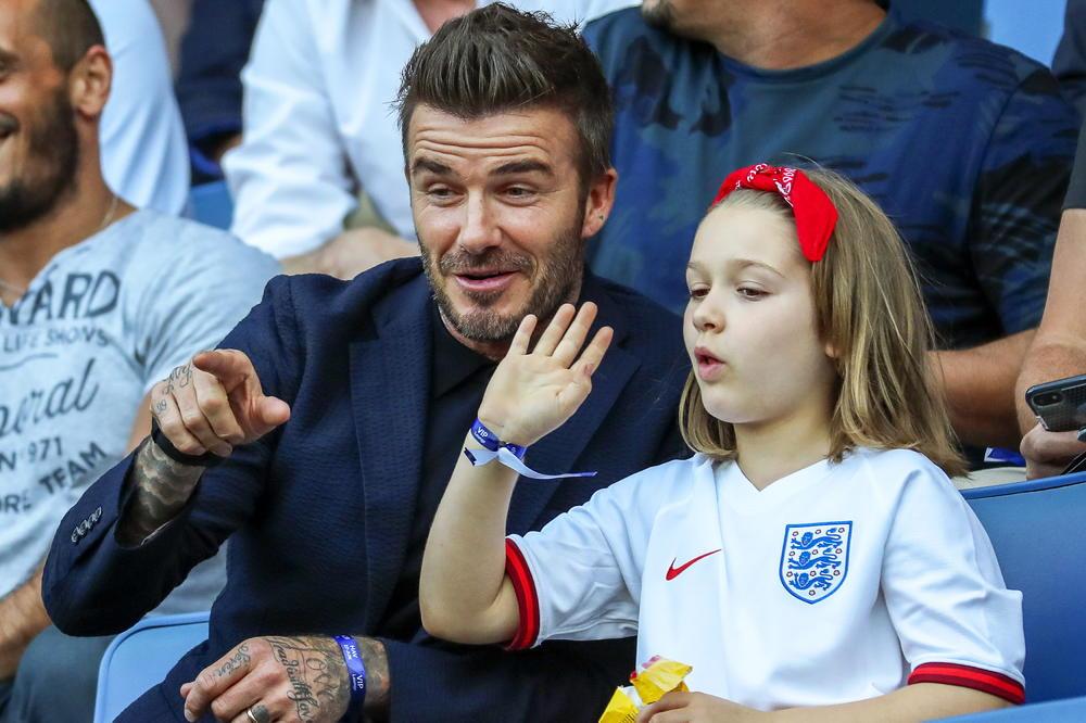 (Фото) Викторија објави слика од Бекам и ќерка им Харпер која ги згрози фановите