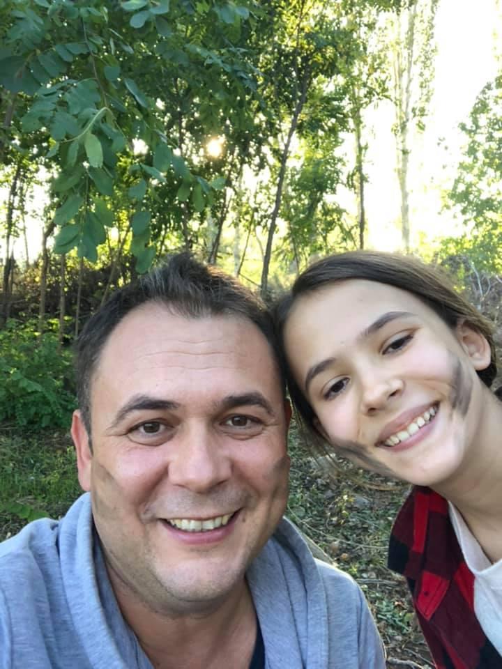 (Фото) Коки ја однесе ќерката на логорување: Извидници далеку од градскиот хаос
