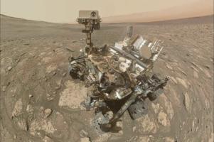 Curiosity роверот на NASA испрати селфи од Марс