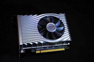 Intel Xe DG1 GPU пристигнува во текот на оваа година
