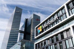 Microsoft ја продолжи работата од дома до јули 2021. година