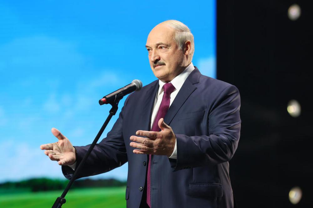 Александар Лукашенко: Опозицијата не сакаше пребројување на гласовите и нови избори, само доброволно да ја предадам власта
