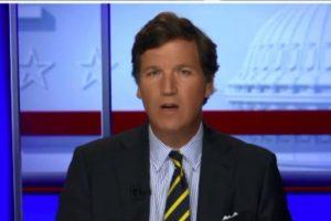 """(Видео) Водителот на """"Фокс њуз"""" одби да молчи за изборната кражба, Такер Карлсон објасни како Бајден ги доби изборите"""