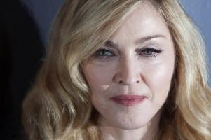 """(Видео) Наместо од Марадона на """"Твитер"""" фановите се простуваа од Мадона"""