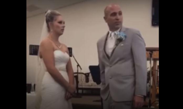 (Видео) Свекрва запна да ја растура венчавката на синот: Ги прекина брачните завети, па ќе се тепаше со снаата