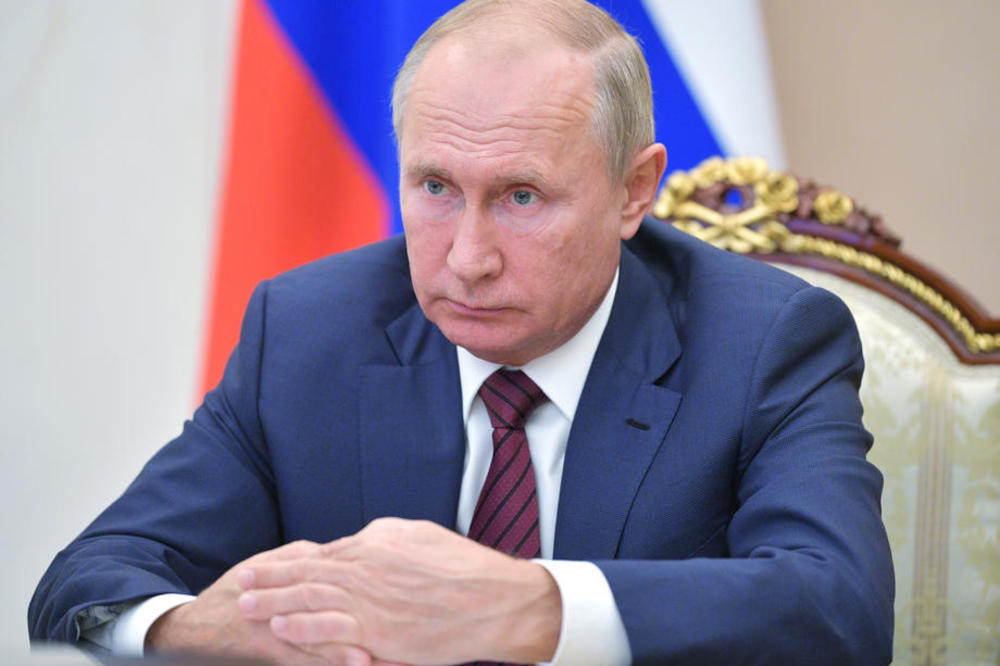 Владимир Путин има Паркинсонова болест
