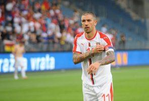 Коларов одбил да влезе во игра против Шкотска
