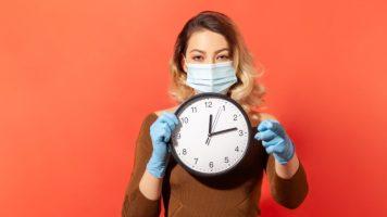 Колку долго можете да бидете со некој со коронавирус, а да не се заразите?