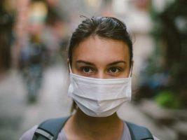 Руски доктор тврди: Маските нема да го спречат коронавирусот, нè лекуваат сосема погрешно!