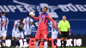 Тијаго Силва: Фудбалерите не се роботи
