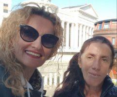 (Фото) Атиџе и Сузана распеани на шопинг: Медената шаманка дојде во Скопје