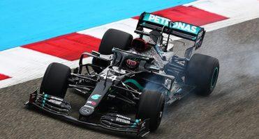 Хамилтон најбрз на првиот тренинг во Бахреин