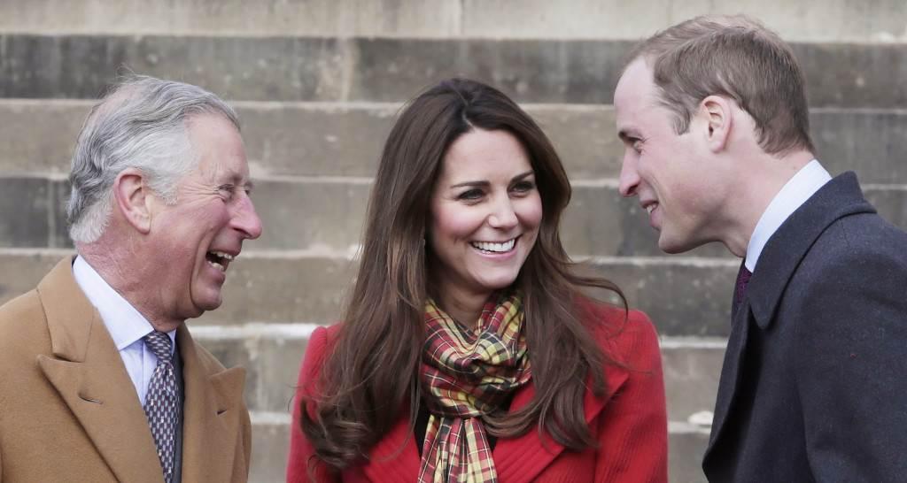 Чарлс и Вилијам се здружија за да го исфрлат принцот од кралското семејство