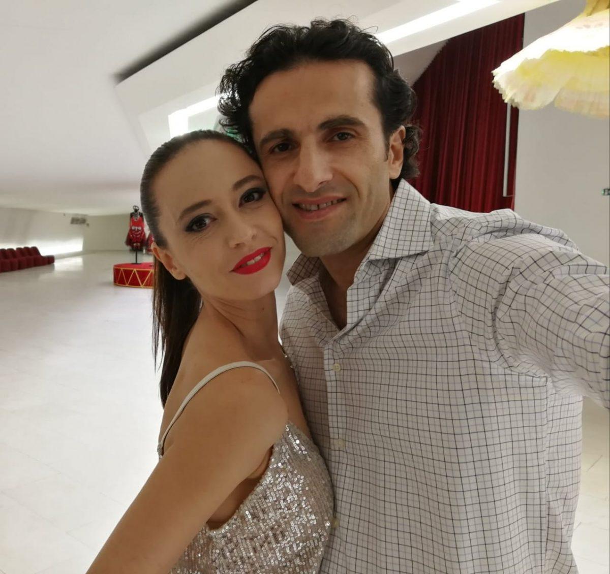 """""""Не беше лесно да се навива еден против друг"""" - фудбалска ноќ во домот на балетската двојка Наташа Јосифовска и Василиј Чичијашвили"""