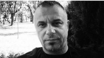 """Tапанарот на """"Амадеус бенд"""" почина на 45 години од корона"""