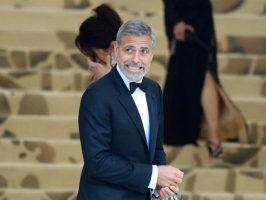 Џорџ Клуни со години спиел во плакар
