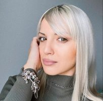 Благодарна сум што сме сите живи: Теа Трајковска и нејзиното семејство оздравеа од корона
