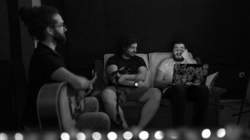 "(Видео) Македонското продуцентско трио ""Би-Ди-Ем"" промовира песна пред Нова година"