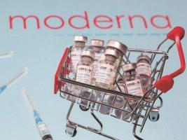 """Доктор од Бостон по примање на вакцината на """"Модерна"""": Не сакам никој да поминува низ тоа"""