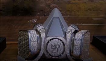 Заштитна маска од бело злато и дијаманти се продава во Русија (ВИДЕО)