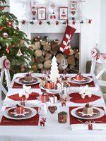 Магични идеи за декорација на новогодишната трпеза