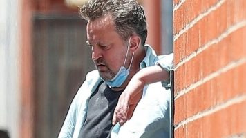 Метју Пери и давал на поранешната бремена девојка по 4000 долари за да му носи дрога