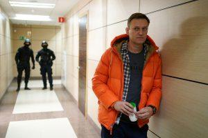 Навални успеал да измами руски агент кој открил дека му ставиле отров во гаќите