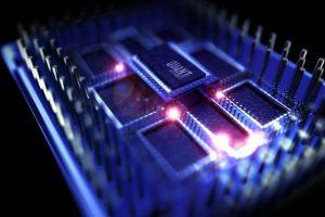 Ново откритие нè приближува до квантниот интернет