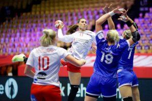 Норвешка-Данска и Франција-Хрватска во полуфиналето на ЕП