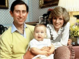 Принцезата Дајана поради Чарлс, се посрамотила на првиот Божиќ поминат со кралското семејство