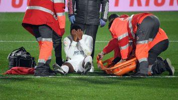 Реал ја доби Гранада, но го загуби Родриго