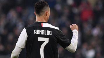 Роналдо: На ТВ не гледам фудбал, гледам бокс или УФЦ