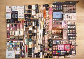 Совети за едноставна организација на шминката