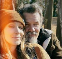 (Фото) Актерот Џош Бролин стана татко