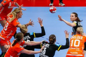 Холанѓанките во драма подобри од Германките, но тоа не е доволно за полуфинале!