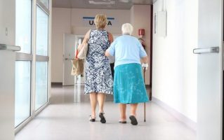 101-годишна Италијанка третпат заразена од корона