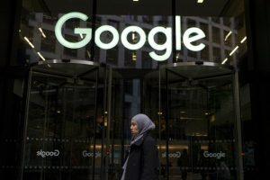 Google барал од вработените позитивно да зборуваат за AI