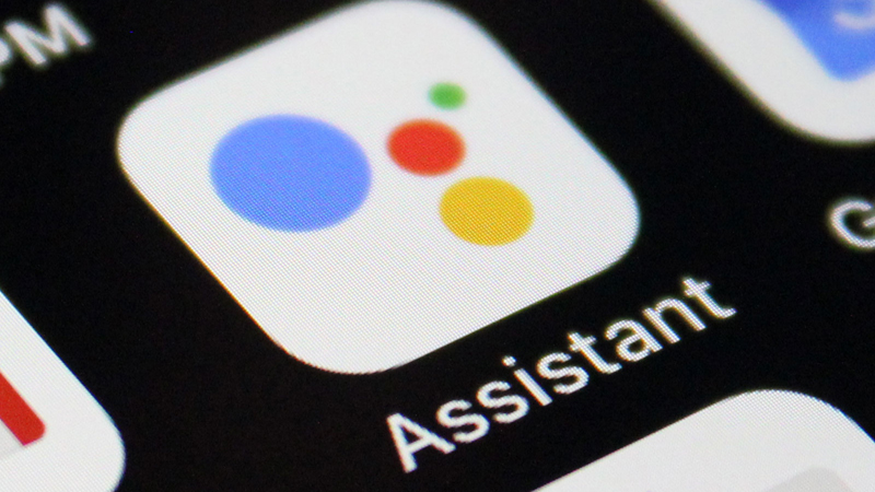 Google го развива својот дигитален асистент повеќе да личи на човек