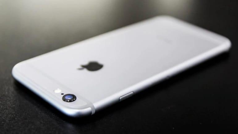 iPhone падна од авион и остана недопрен (ВИДЕО)