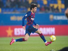 Барселона му го продолжи договорот на Рики Пуѓ