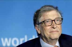 Бил Гејтс уверен: Богатите земји до крајот на годината ќе се вратат во нормален живот